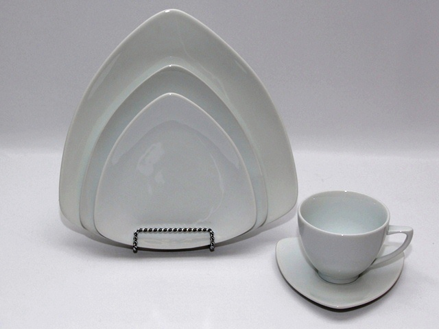 Where to find TRIANGLE WHITE CHINA PATTERN in Philadelphia